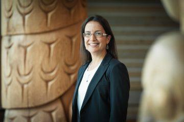 Dr. Nadine Caron – recipient of the 2016 Dr. Thomas Dignan Indigenous Health Award